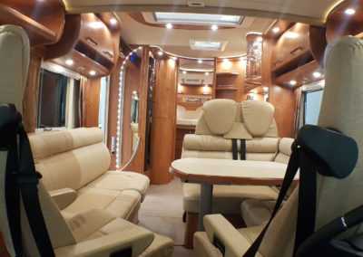 Carthago C-Line XL 5.8 QB - 2015 - Svea Husbilar (29)