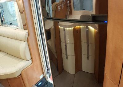 Carthago C-Line XL 5.8 QB - 2015 - Svea Husbilar (41)