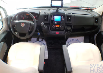 Eura Mobil Profilia RS - Svea Husbilar (20)