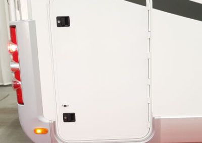 Kabe 740 LGB (10)