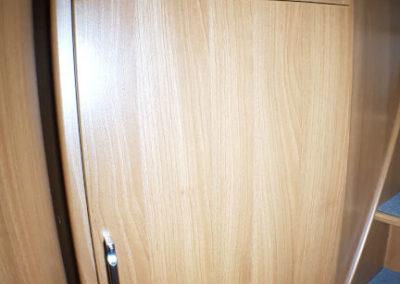 Kabe 740 LGB (49)