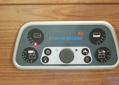 Eura Mobil Integra 720 EB - Svea Husbilar (60)